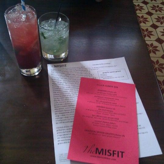 10/20/2011에 Valerie S.님이 The Misfit Restaurant + Bar에서 찍은 사진