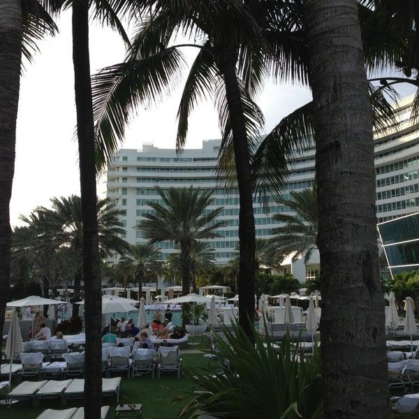 Photo prise au Fontainebleau Miami Beach par Catherine C. le12/24/2012