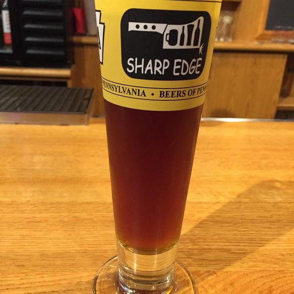 3/13/2016에 Chris T.님이 Sharp Edge Beer Emporium에서 찍은 사진