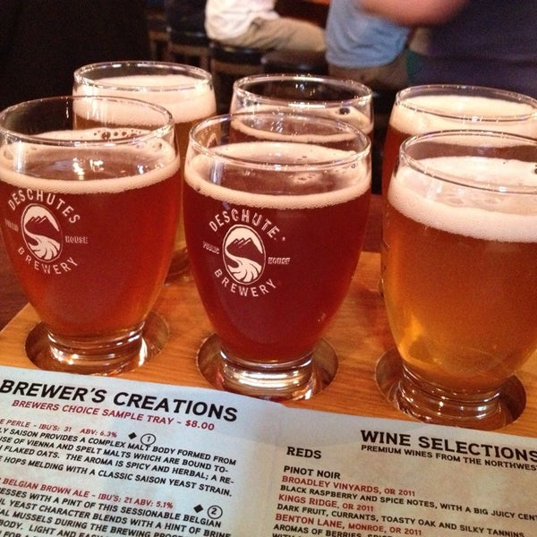 Photo prise au Deschutes Brewery Portland Public House par MR R. le6/24/2013