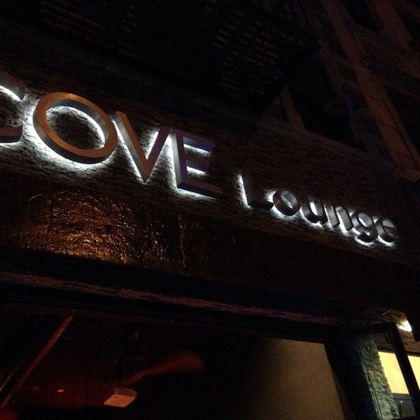 9/28/2014にJessica H.がCove Loungeで撮った写真