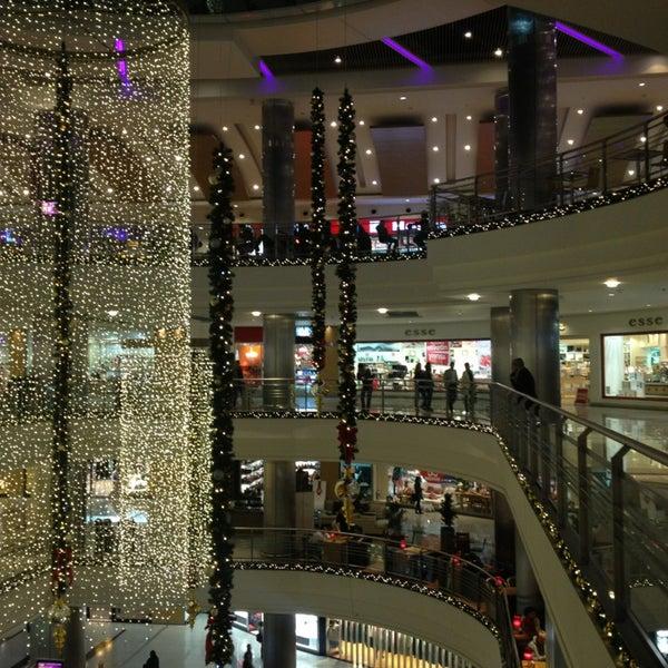 Das Foto wurde bei Cepa von Gul К. am 12/28/2012 aufgenommen