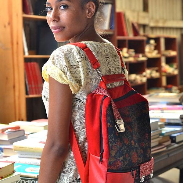 Nueva Coleccion,New Collection by Rollitoasi Model: Tokyo Bag Backpack #hechoamano #bolsos #mochilas #handmadeinbarcelona #bags #backpacks #shoppingBarcelona #piezasunicas #unique #santantoni