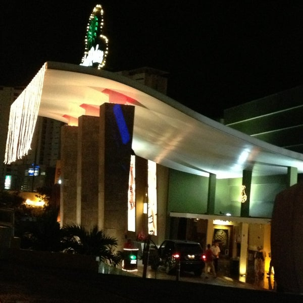 Photos At Dubai Palace Casino Casino