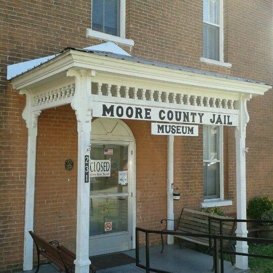 Moore County Courthouse - Lynchburg, TN