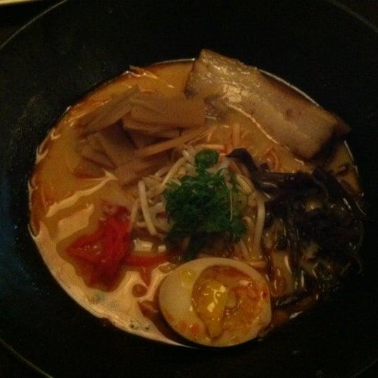 11/17/2012에 cat p.님이 Yakitori Izakaya Tecchan에서 찍은 사진