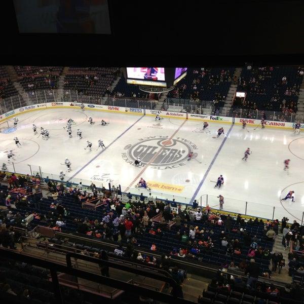 3/21/2013 tarihinde Ateker O.ziyaretçi tarafından Northlands Coliseum'de çekilen fotoğraf