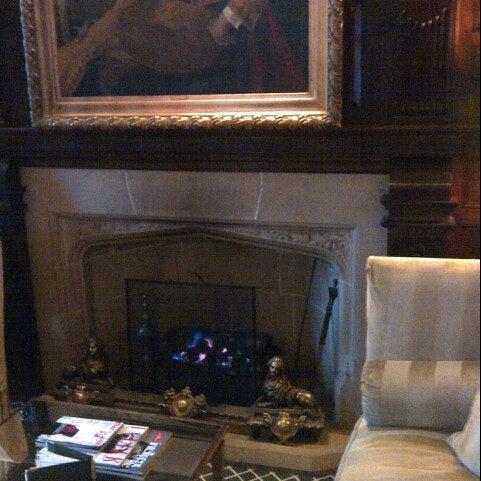 1/18/2013にGeoffrey W.がThe Milestone Hotelで撮った写真