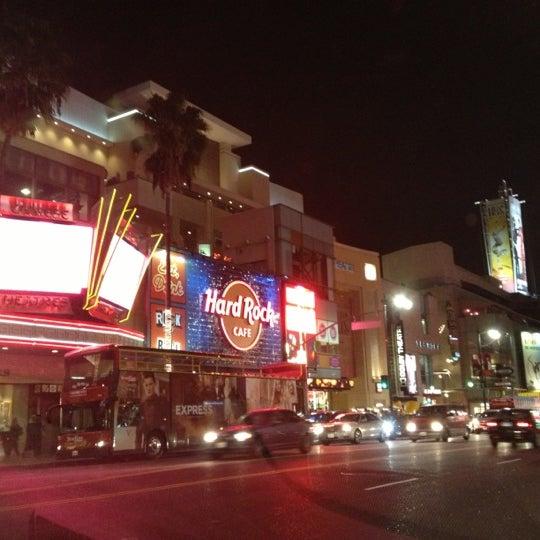 รูปภาพถ่ายที่ Hollywood & Highland Center โดย Danielle B. เมื่อ 12/16/2012