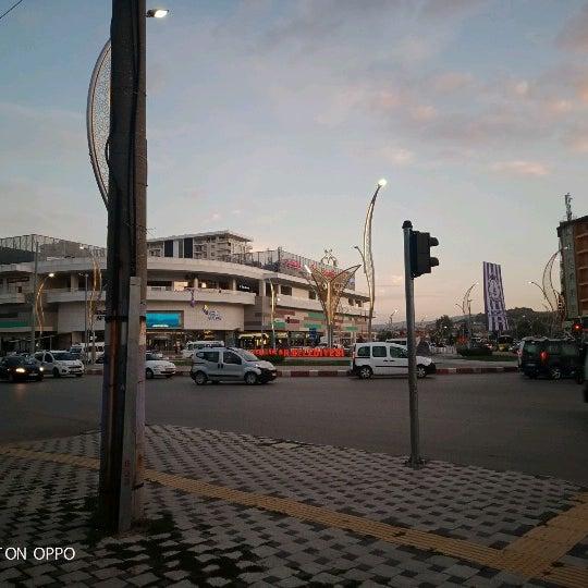 Das Foto wurde bei Park Afyon von lahmacunkafalıkoala am 10/12/2020 aufgenommen