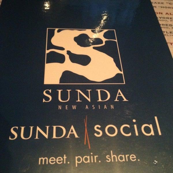5/3/2013 tarihinde Tyler B.ziyaretçi tarafından Sunda'de çekilen fotoğraf