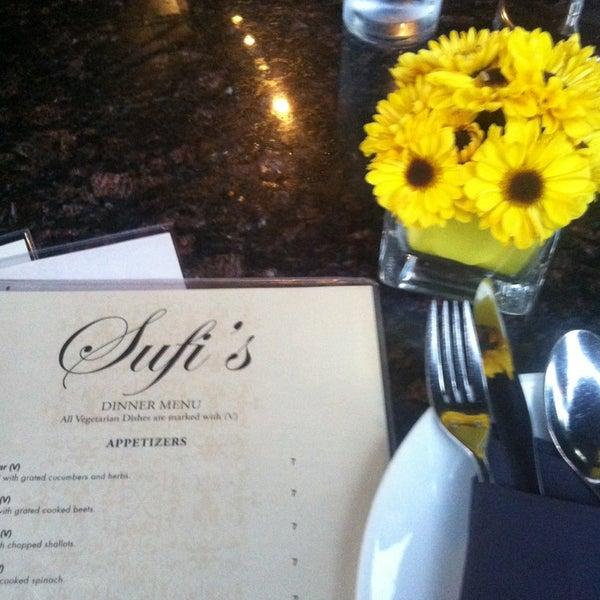 6/25/2013 tarihinde Sumera A.ziyaretçi tarafından Sufi's Restaurant'de çekilen fotoğraf