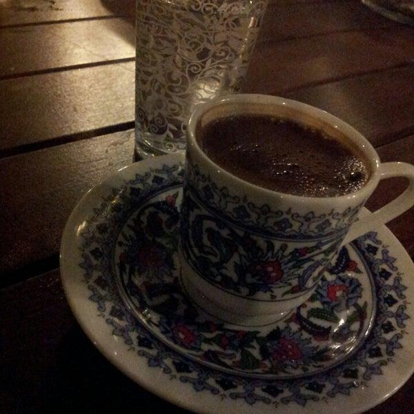 12/15/2013 tarihinde Tuğbaziyaretçi tarafından The VagoNN Cafe'de çekilen fotoğraf