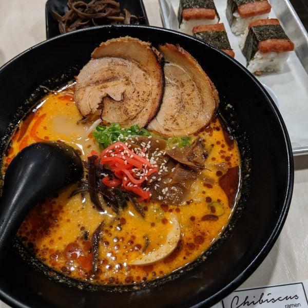 Das Foto wurde bei Chibiscus Asian Cafe & Restaurant von Richard am 6/13/2019 aufgenommen
