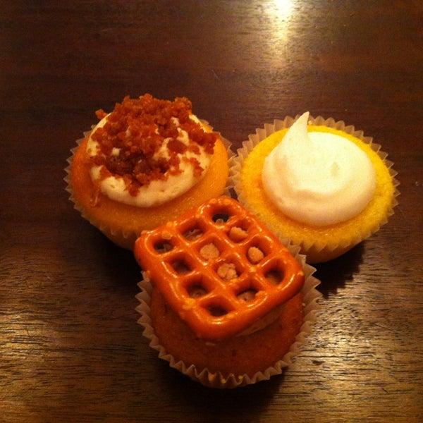 รูปภาพถ่ายที่ Prohibition Bakery โดย Jen C. เมื่อ 2/8/2013