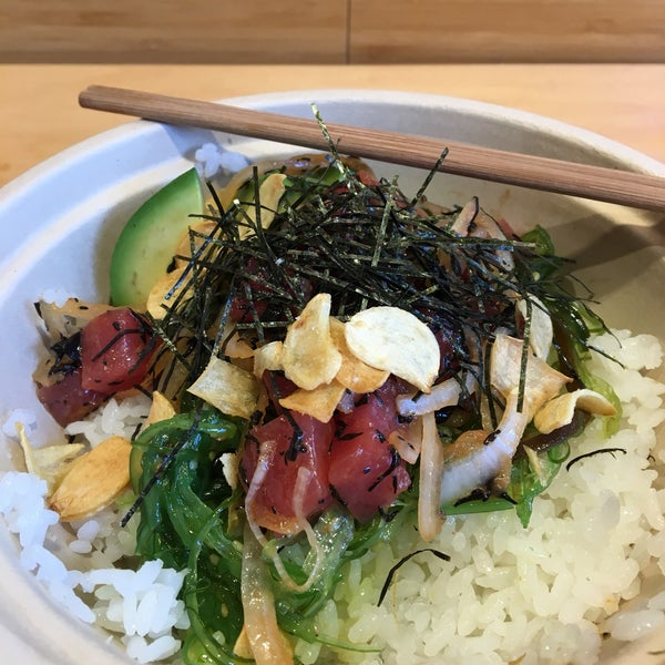 Really good place to have poke food! I ate a rice bowl with tuna and avocado, amazing!