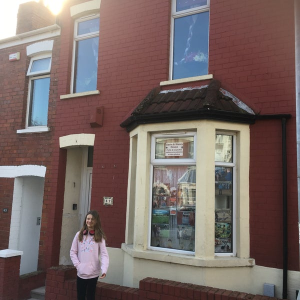 Photos At Gwen's House From Gavin & Stacey