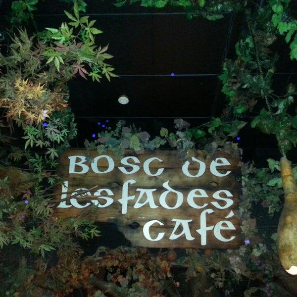 Снимок сделан в El Bosc de les Fades пользователем Lara L. 7/12/2014