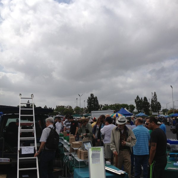 Trw Swap Meet Mercado De Pulgas Em North Redondo Beach