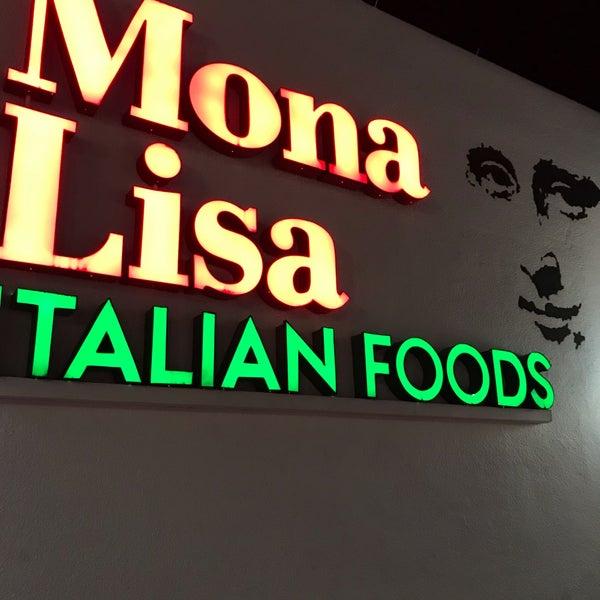 Das Foto wurde bei Mona Lisa Italian Restaurant von Giuseppe D. am 12/30/2018 aufgenommen