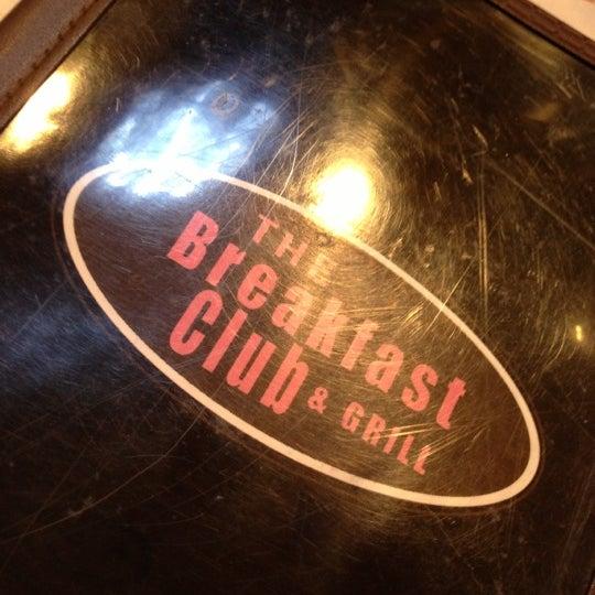 12/8/2012 tarihinde Melli V.ziyaretçi tarafından The Breakfast Club & Grill'de çekilen fotoğraf