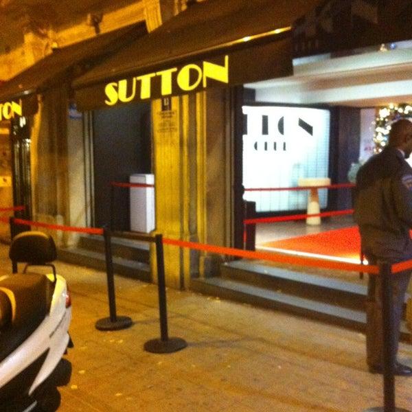 Das Foto wurde bei The Sutton Club von Miguel C. am 12/20/2012 aufgenommen
