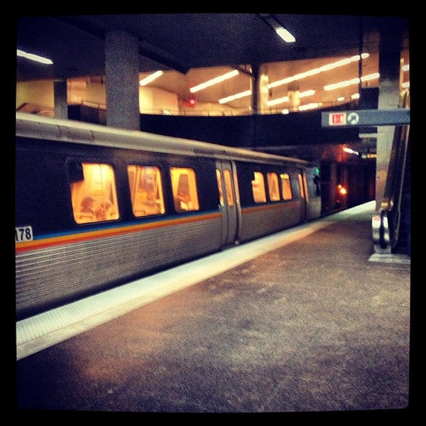 Marta North Ave Station Metro Station In Midtown