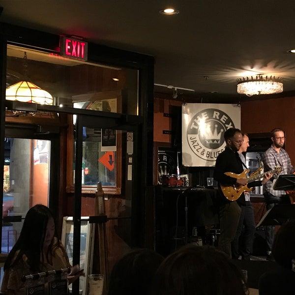 9/4/2017にEunice K.がThe Rex Hotel Jazz & Blues Barで撮った写真