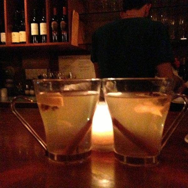 Foto scattata a Stonehome Wine Bar & Restaurant da Margo H. il 2/18/2013