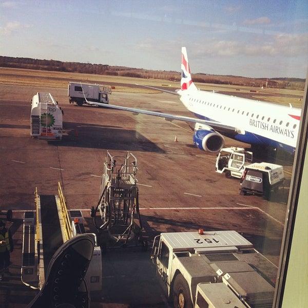 Das Foto wurde bei Edinburgh Airport (EDI) von lIlLos am 4/5/2013 aufgenommen