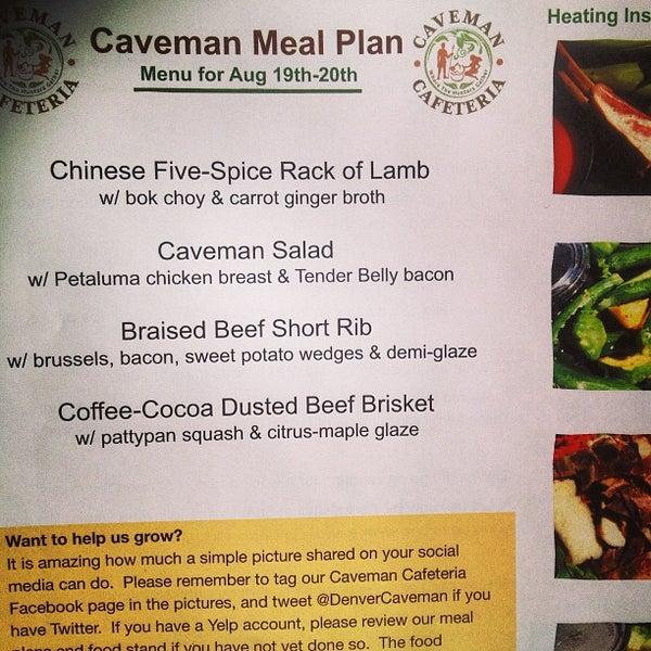 8/18/2013에 Will W.님이 Caveman Cafeteria: Where The Hunters Gather!에서 찍은 사진