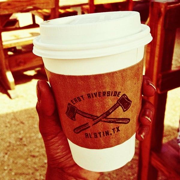 Das Foto wurde bei Buzzmill Coffee von Arielle J. am 6/26/2013 aufgenommen