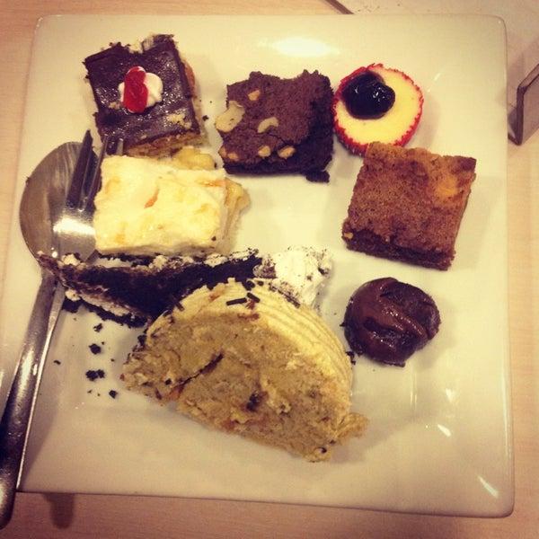 Снимок сделан в Love Desserts пользователем Rio Ave P. 4/27/2013