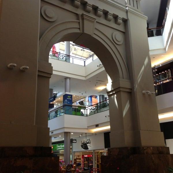 Foto scattata a Punta Carretas Shopping da Guillermo d. il 1/18/2013