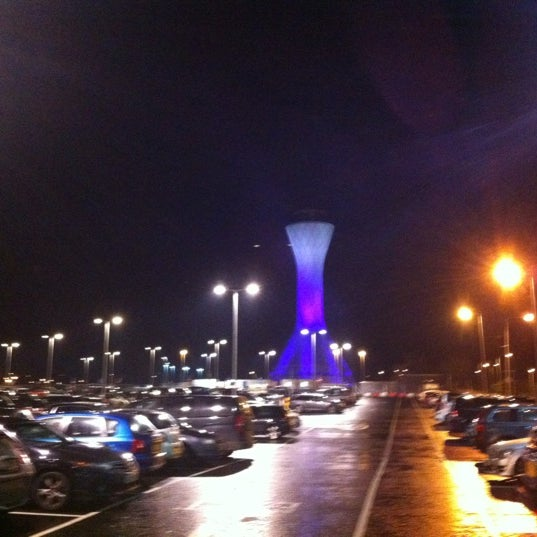 Photo prise au Edinburgh Airport (EDI) par Ilia le12/21/2012