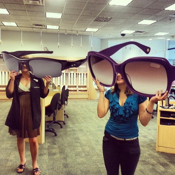 eb2786619710 LensCrafters - Central Oklahoma City - 1901 NW EXPRESSWAY SUITE 2056