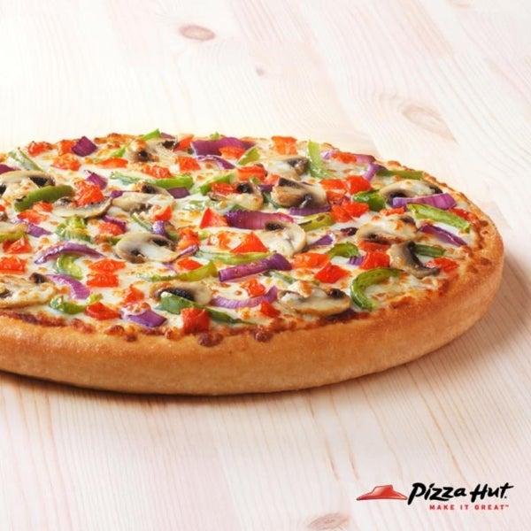 Pizza Hut Deals & Coupons