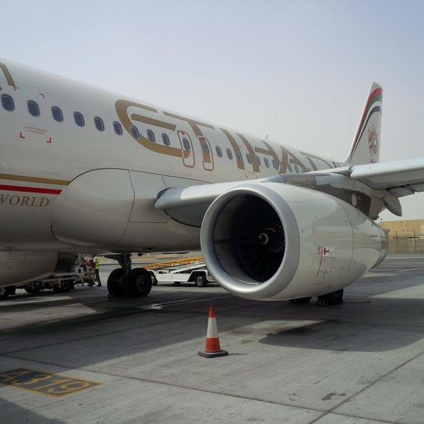 Photo prise au Abu Dhabi International Airport (AUH) par Omer A. A. le7/29/2013