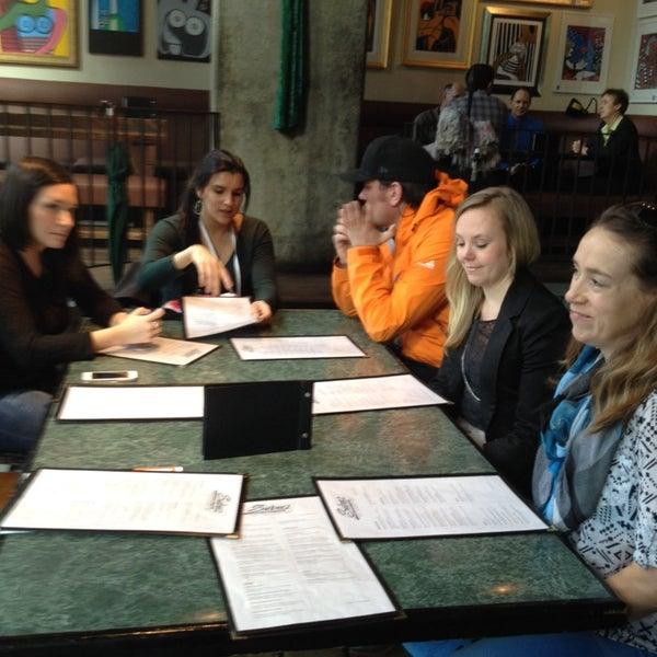Foto diambil di Subeez Cafe Restaurant Bar oleh Jamie B. pada 3/19/2014