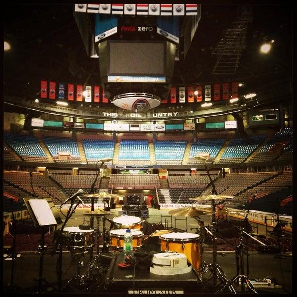 11/30/2013 tarihinde Northlands Coliseumziyaretçi tarafından Northlands Coliseum'de çekilen fotoğraf