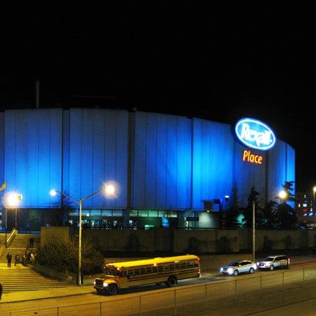 10/19/2013 tarihinde Northlands Coliseumziyaretçi tarafından Northlands Coliseum'de çekilen fotoğraf