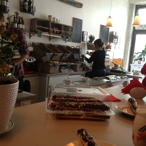 Photo taken at BOULANGERIE by Танюша Р. on 7/26/2013