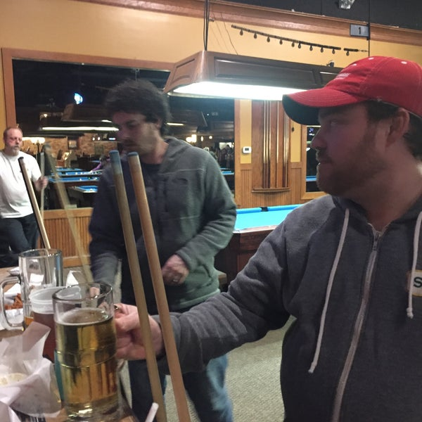 3/16/2017에 💀Charlie🇺🇸 B.님이 Two Stooges Sports Bar & Grill에서 찍은 사진