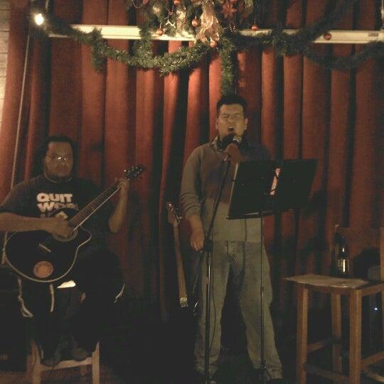 Das Foto wurde bei Viking - Arte Café Punto Zero von Nohemi E. am 12/14/2012 aufgenommen
