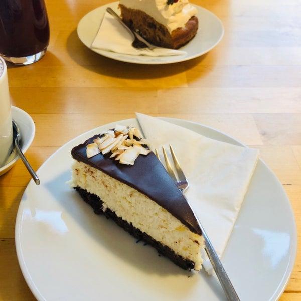 Foto diambil di Mikyna Coffee & Food Point oleh Bedřich S. pada 11/3/2018