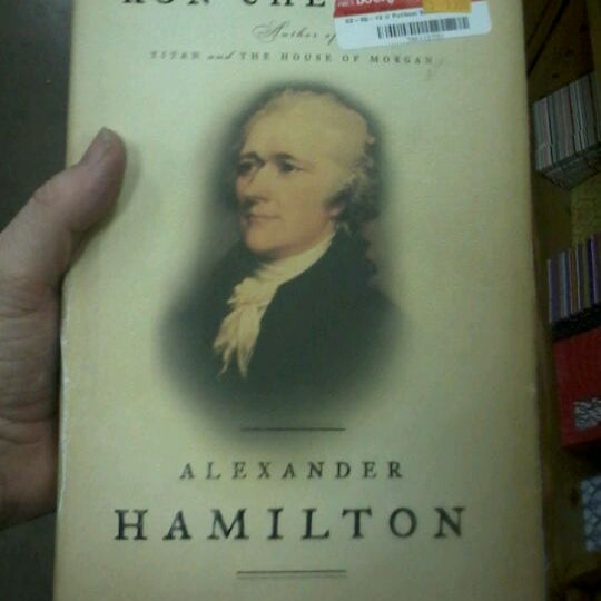 Foto tirada no(a) Half Price Books por Ross V. em 5/26/2013