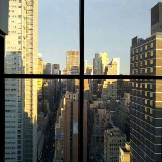10/12/2012 tarihinde Steven L.ziyaretçi tarafından Sky Room'de çekilen fotoğraf