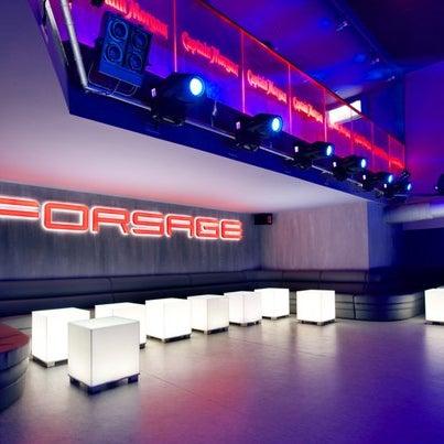 Backstage в Forsage - первое подобное решение в Украине, крайне популярное в лучших клубах и на самых известных фестивалях мира.