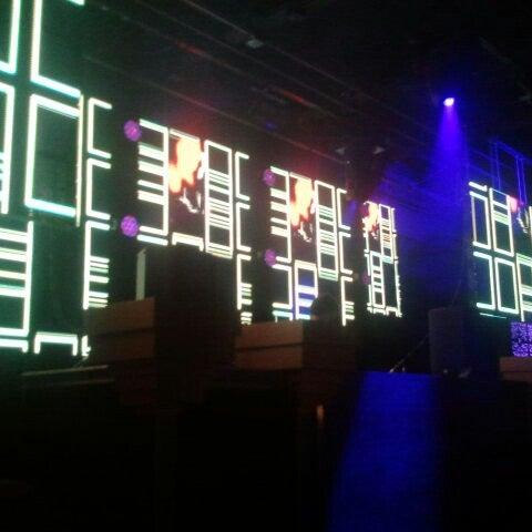 Das Foto wurde bei Foundation Nightclub von Foundation N. am 12/6/2012 aufgenommen