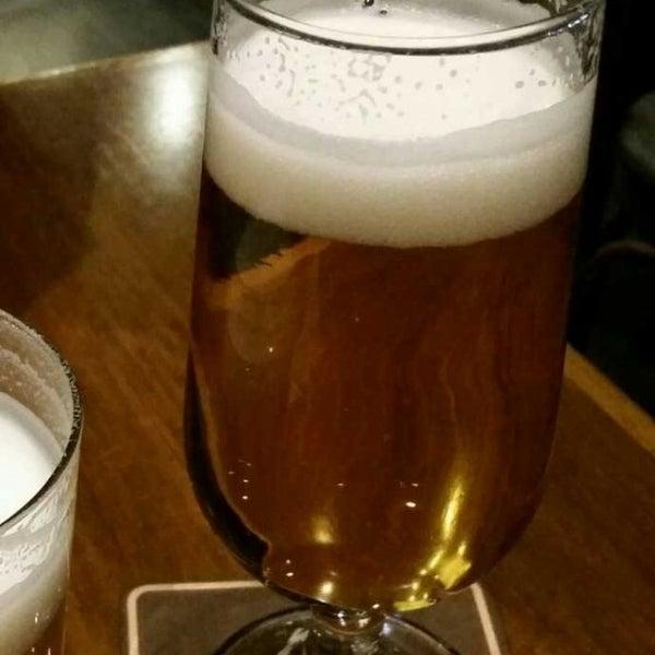 4/30/2017 tarihinde BeerExperience B.ziyaretçi tarafından Pietro Casa do Chope'de çekilen fotoğraf
